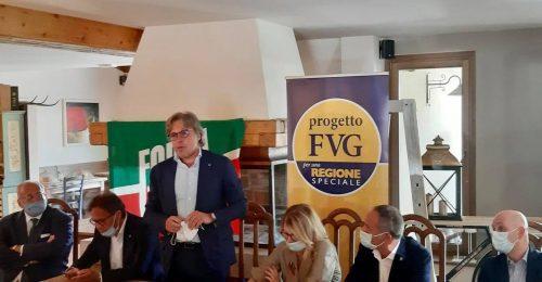 """Forza Italia e Progetto Fvg: """"due nani fuori dai giochi"""""""