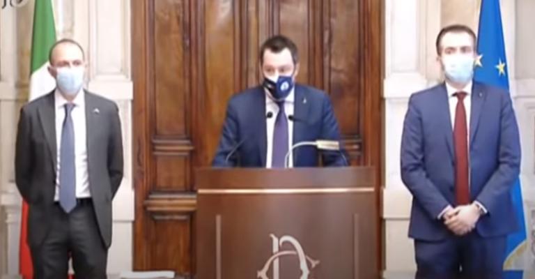 """La """"variante"""" Salvini: è mutato, oggi europeista grazie all'altro Matteo"""